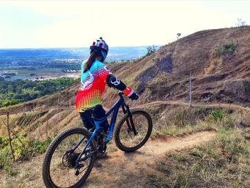 Highway Trail - Patiis, San Mateo Rizal